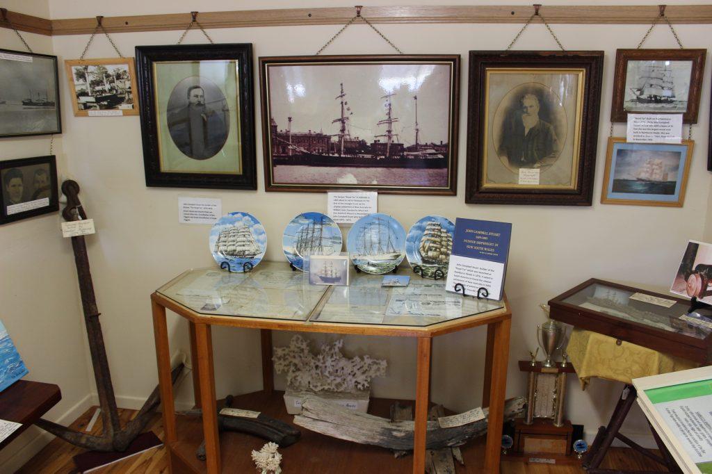 Nambucca_Heads_Museum_Royal_Tar_display_resize