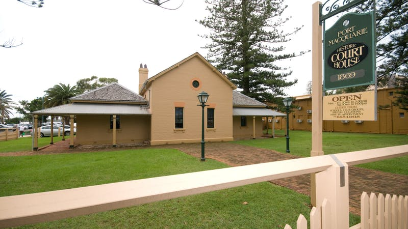 Port-Macquarie-HIstoric-Courthouse